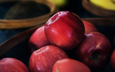 photo-1501925654609-7b41cf395eb8 apples
